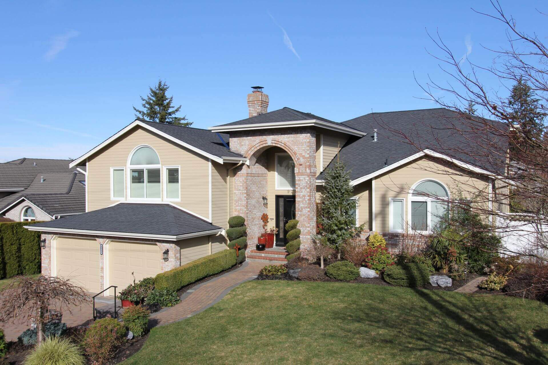 Edmonds Roofing Contractor